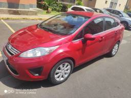 Ford New Fiesta SE 1.6 com GPS integrado