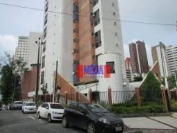 Apartamento com 3 quartos para alugar, próximo à Av. Monsenhor Tabosa