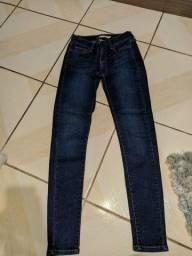 calça jeans levis semi nova