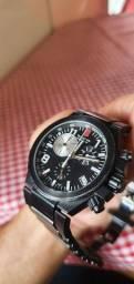 Relógio Victorinox Titanium preto