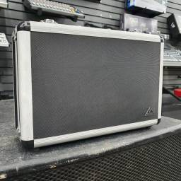Microfone Behringer B2 Pro com case