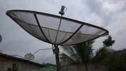 Vendo uma antena parabólica baraticima só 100 reais