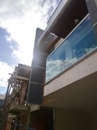 Excelente Casa Duplex na Via Luz no Bairro da Luz nova iguaçu