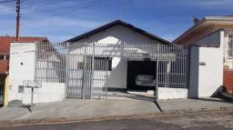 Casa à venda com 3 dormitórios em Jardim ipê, Poços de caldas cod:2569