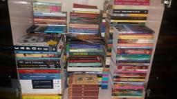 Diversos Livros em Bom Estado de Conservação (01)