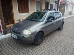 Renault Clio 8v, 1.0 c/Ar - 2001