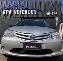 Toyota Etios 1.3 2013 - 2013