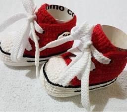 Vendo estes lindos sapatinhos feitos a mao