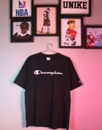 Camiseta GG CHAMPION de 89 por 69 $