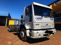Ford Cargo 2428E 6x2 (Parcelo)