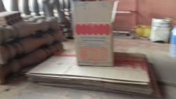 60cxs papelão vasias