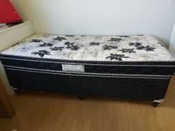 Vendo cama box, usada!