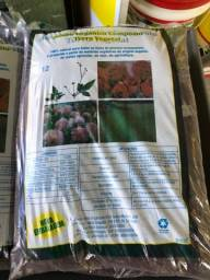 Adubo terra vegetal
