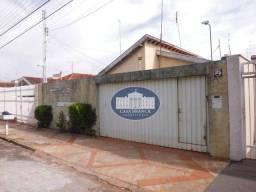 Casa com 3 dormitórios para alugar, 250 m² por R$ 1.200/mês - São Joaquim - Araçatuba/SP