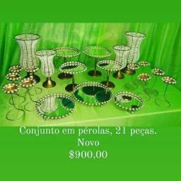 Conjunto de vasos em pérolas