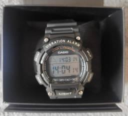 Relógio Casio W-738H