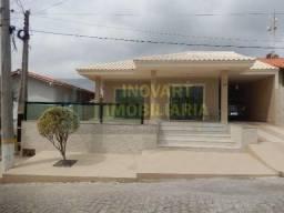 .CÓD 479 Ótima casa em condomínio fechado no bairro Balneário