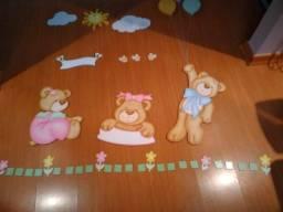 Decoração  de Quarto de Bebê  de ursas.