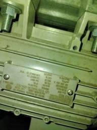 Oferta motores trifásicos de 1.5cv e 3cv WEG e SIEMENS