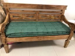 Sofa de madeira de demolição