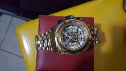 Relógio invicta semi novo sem avarias