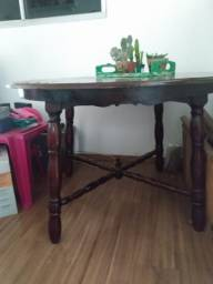 Mesa em madeira maciça usada - Não entrego