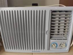 Vendo ar condicionado Consul 7.000 btus 220v