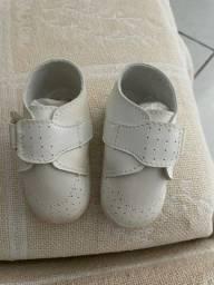 Sapato para bebê tamanho 4