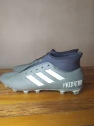 Chuteira Adidas Predator 19.4