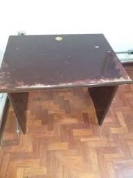 Mesa para Escritório Semi-nova.