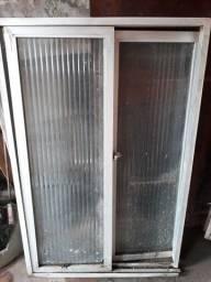 Vendo janela vidro