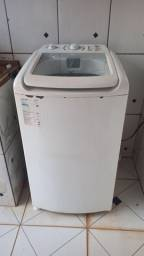 Máquina de lavar (com detalhes)