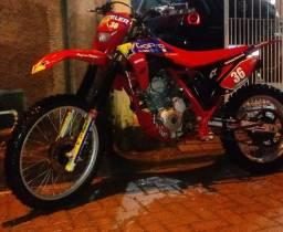 Xrf 200 moto top