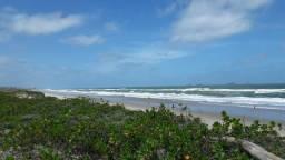 ALUGA para virada casa a 80 metros da Praia do Ervino