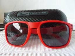 Óculos Oakley Holbrook Matte Red W Grey Polarizado - Edição Limitada -  Lançamento be122b5513