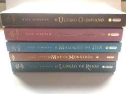 Livros Percy Jackson v1 e v2