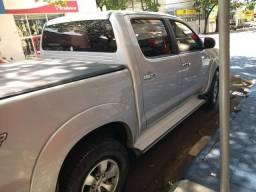 Camioneta Hylux SRV 3.0 automática - 2010