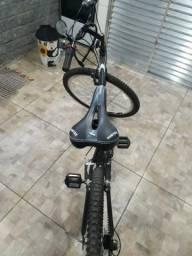 Vendo ou troco em algo do meu interesse bicicleta nova usada apenas 2 vezes .
