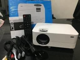 Projetor HD 1800 Lumen, novo na caixa, sem uso, top de linha