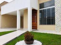 Casa Alto Padrão - 3Qtos 180m² - Amplo Quintal + Espaço para Churrasco !!