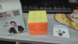 Cubo Mágico Profissional - Moyu MF3RS
