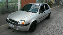 Fiesta GLX Prata 4 portas - 2001