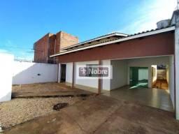 Casa com 3 dormitórios para alugar, 122 m² por R$ 1.170,00/mês - Plano Diretor Sul - Palma