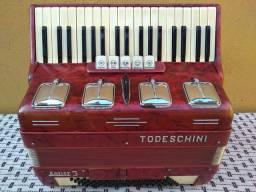 Acordeon Sanfona Todeschini 80 baixos!!