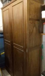 Armário 2 portas em madeira maciça