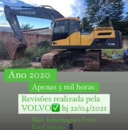 ESCAVADEIRA VOLVO EC220DL
