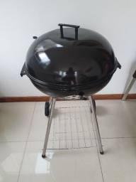 Churrasqueira Portátil de pé a carvão sem uso