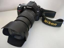 Vendo Nikon D90 + Lente Nikon 18-105 + Parasol
