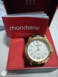 Relógio Mondaine masculino caixa grande novo na caixa