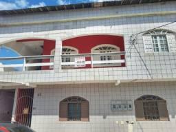 Vende-se apartamento (1º andar), localizado no bairro acaiaca em Piúma-ES